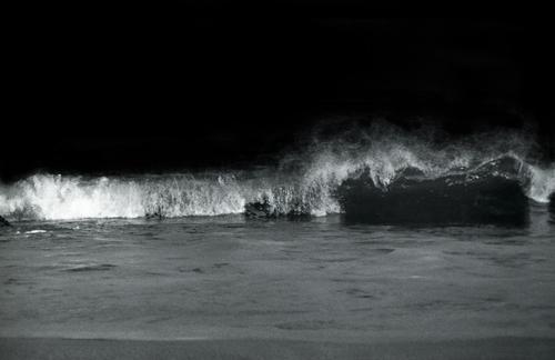 Waves by iamgav