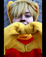 day 081 - pooh-love by Kaalii