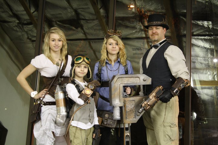 ECCC 2012 Steampunk Family by afterhoursstudios
