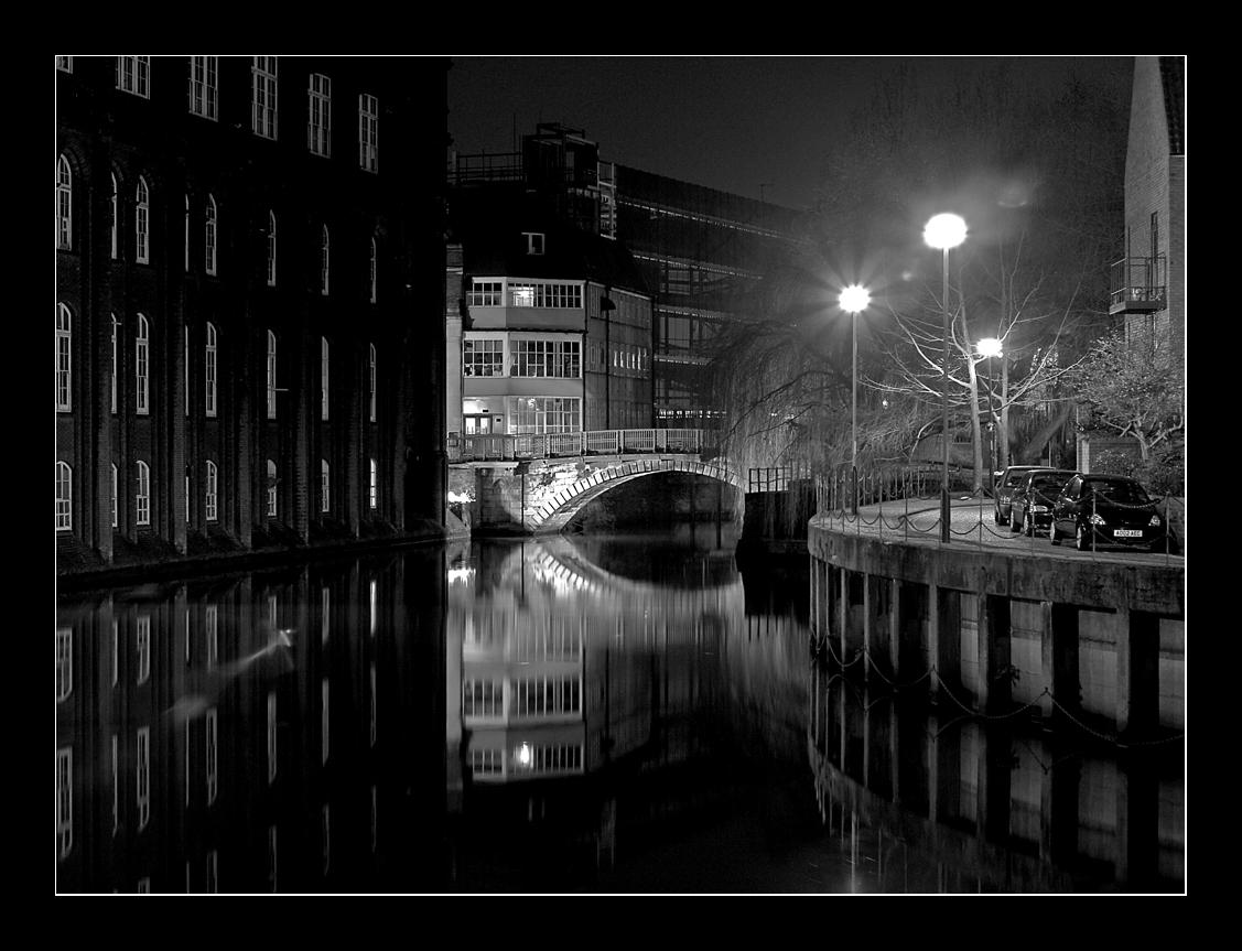 Bridge_over_The_River_Wensum_by_Shimmyhill.jpg