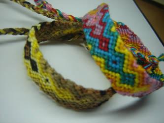 Friendship bracelets .. by Lizknot