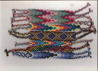 Friendship bracelets by Lizknot