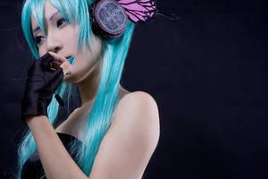 VOCALOID2-Magnet-Miku by kotanimomo