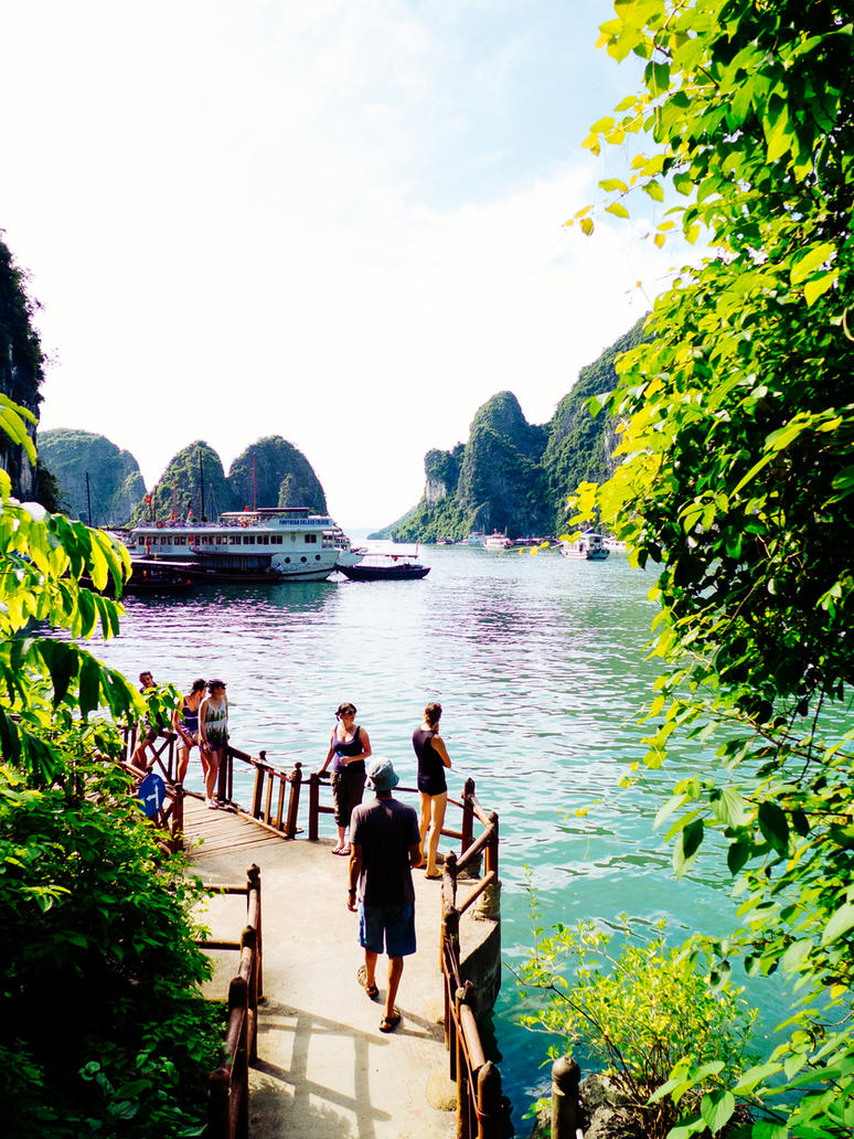Ha Long Bay 3 by korkk1