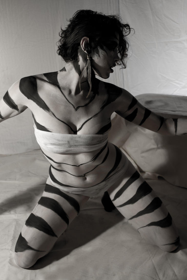 Tiger Play -  Sensual by ElykAerPhotography