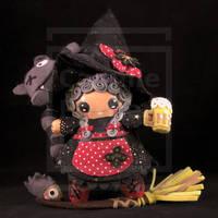 Nounou Ogg/ Nanny Ogg by Ptite-Camomille