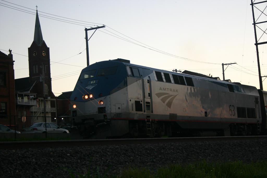 Amtrak Train by Neko-Jake