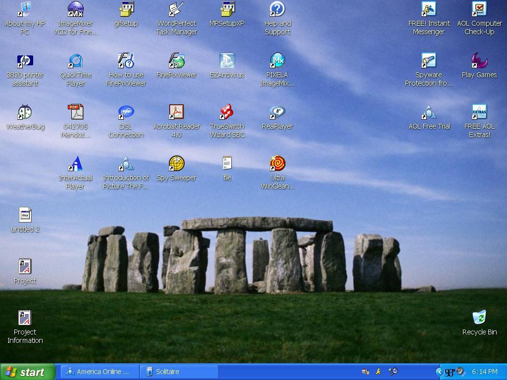 Desktop 2 by Azodnem