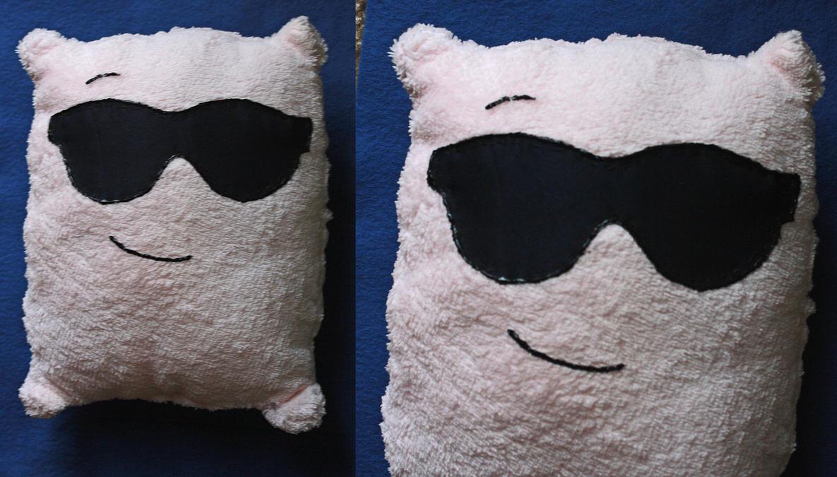 Hollywood Pillow by Reitanna-Seishin