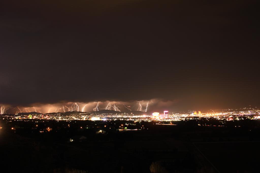 Lightning Storm Over Reno (No Trails) by gidatola
