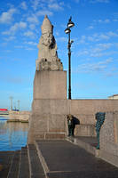 Egyptian sphinxes on the waterfront by Zaratra