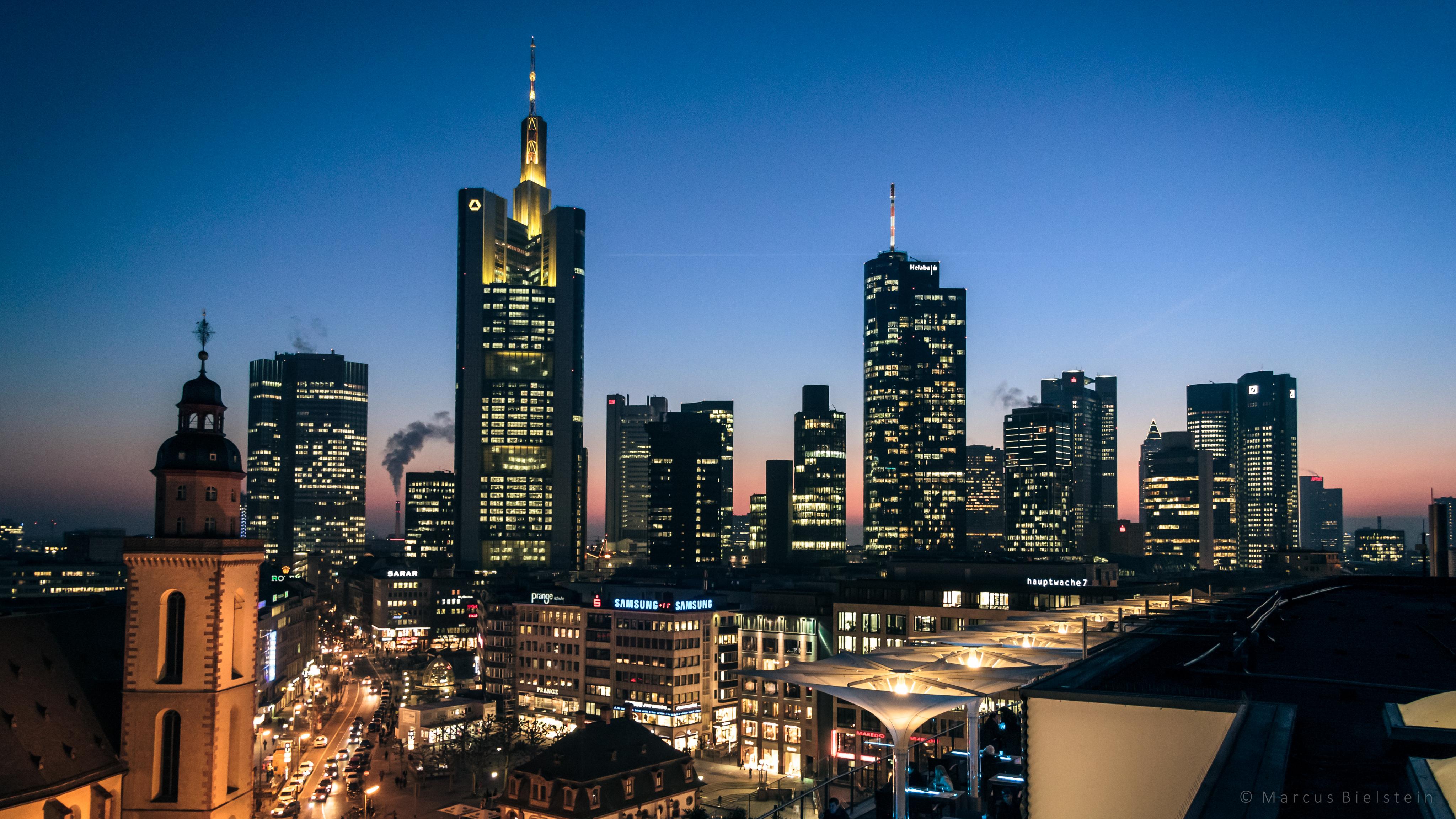 frankfurt skyline at dusk by mbielstein on deviantart. Black Bedroom Furniture Sets. Home Design Ideas