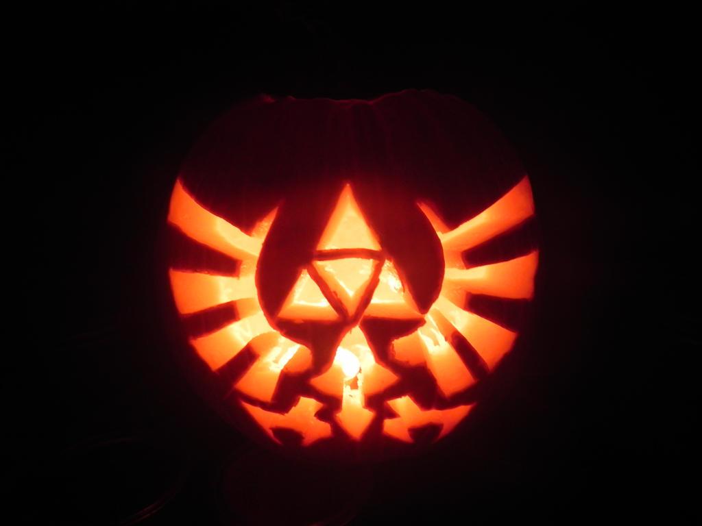 Legend of zelda pumpkin carving by silvertwilight on