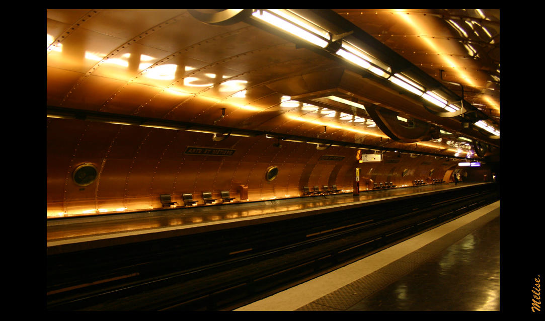Metro Parisien by AutumnSky