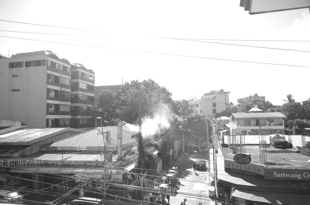 Urban Setting by KioneZhiAleron
