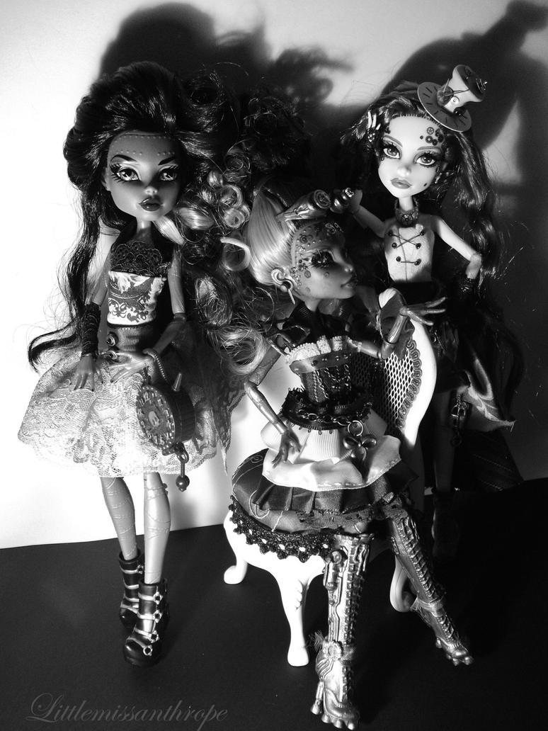 Steam Queens by littlemissanthrope