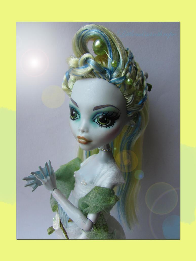whimsical Blue by littlemissanthrope