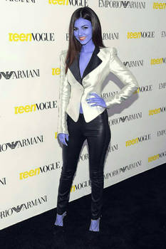 Victoria Justice Blueberry 01