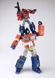 War for Cybertron Optimus