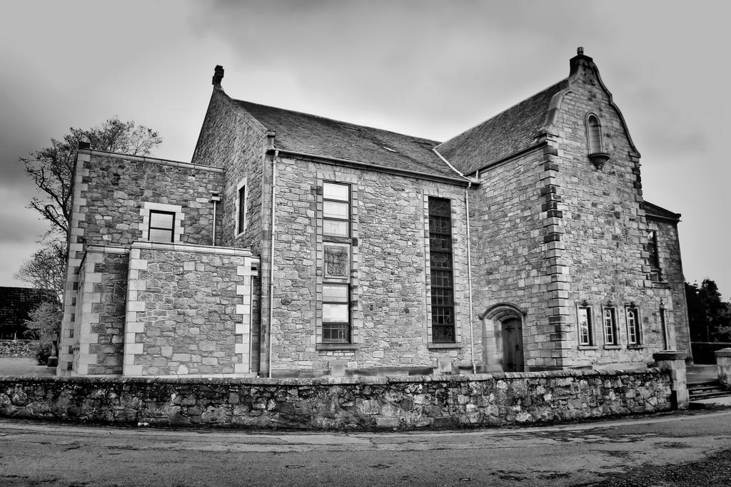 St Ninians Church by BusterBrownBB