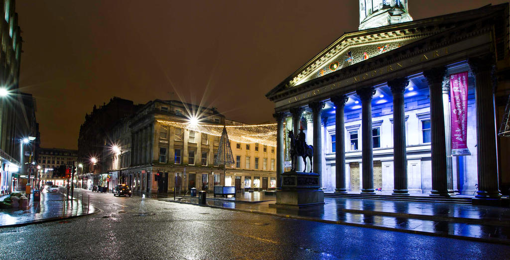 The Gallery of Modern Art. Glasgow by BusterBrownBB