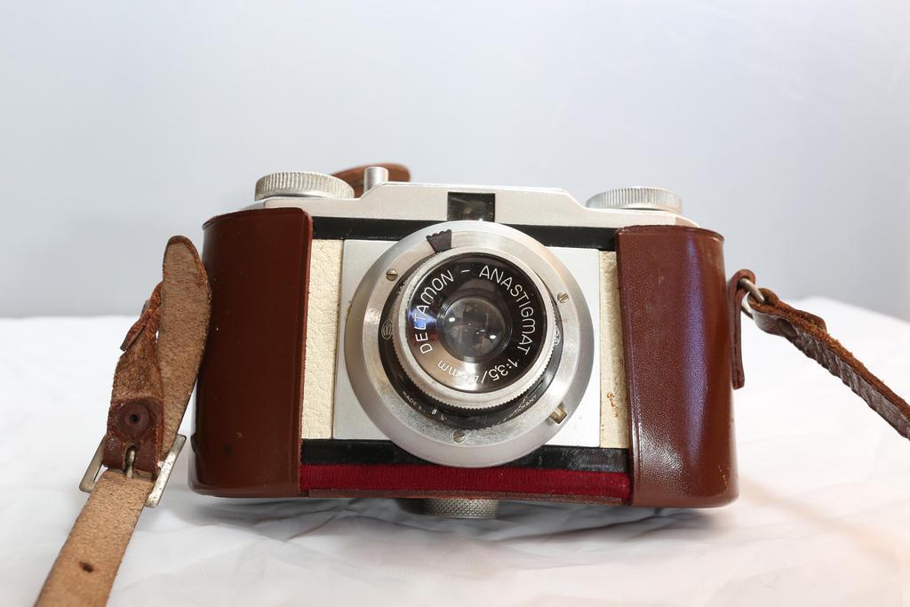 Montanus Montana retro 35mm camera by BusterBrownBB