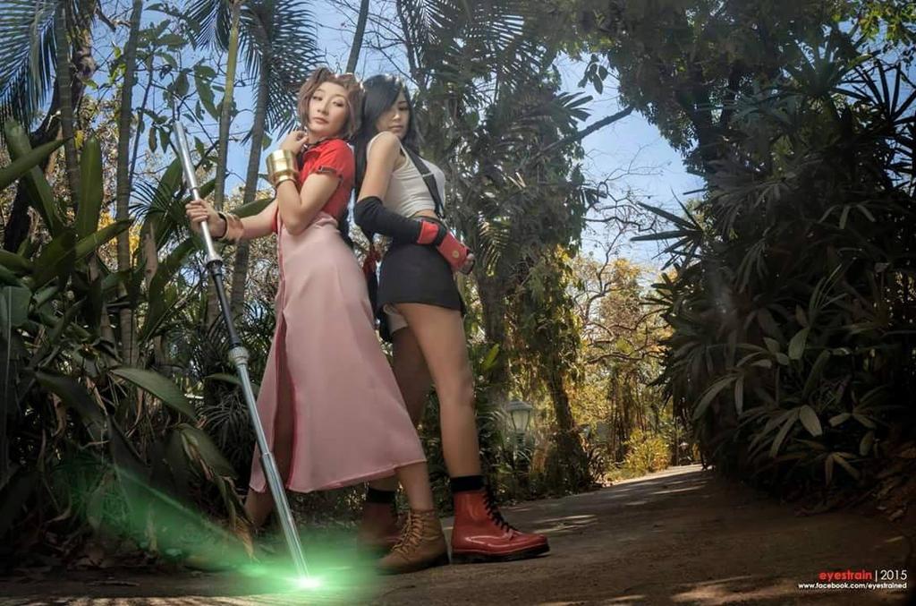 Tifa and Aerith by am-a-goth