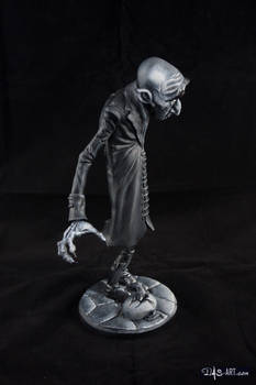 [Garage kit painting #11] Nosferatu statue - 009