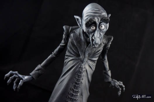 [Garage kit painting #11] Nosferatu statue - 014