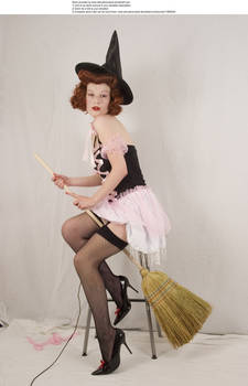 Pin up witch 6