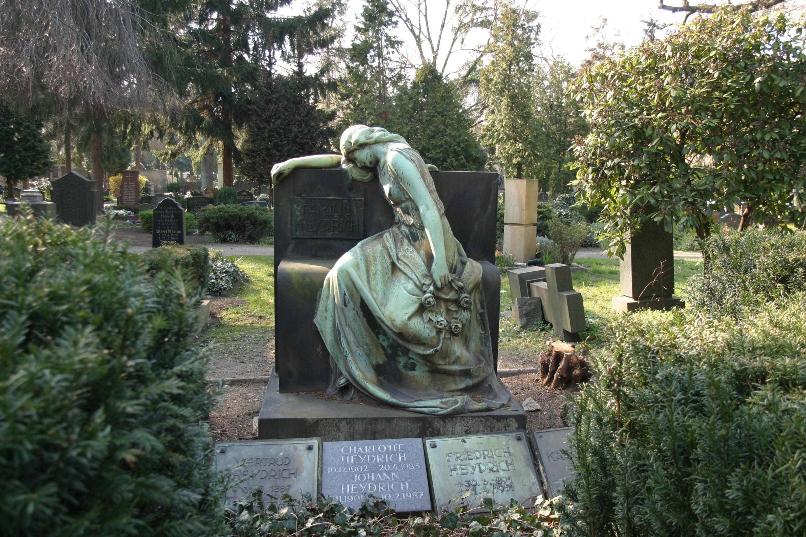 Statue 1 by almudena-stock
