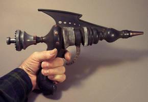 Raughnold Model 81 Raygun by TomBanwell