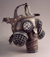 Ragnarok Steampunk Gas Mask by TomBanwell