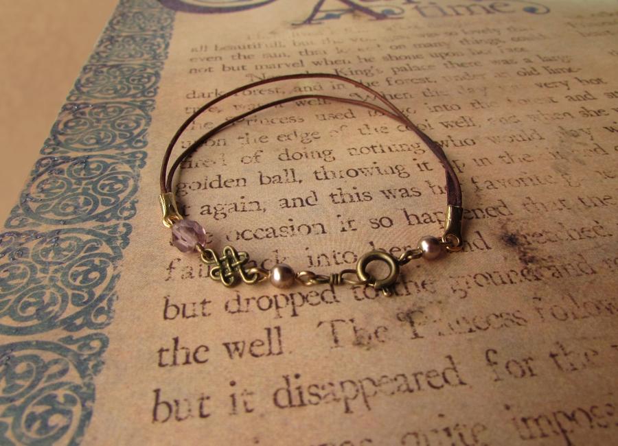 Little bronze knot braclet by JLHilton
