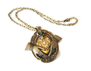 Another Steampunk Claddagh pic 3