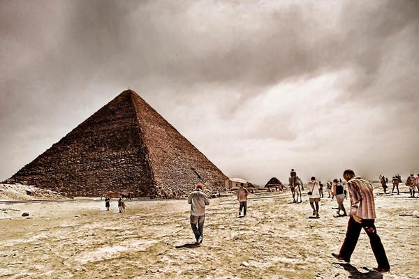 To The Pyramid by KhalllodY