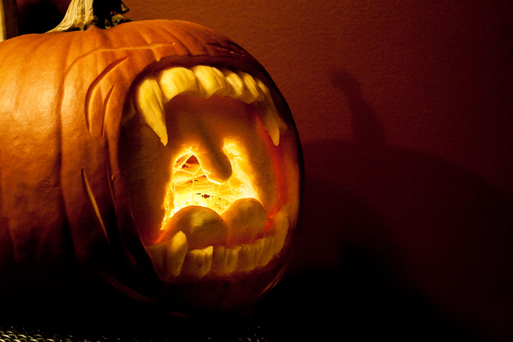 Screaming Jack-O-lantern by Temporalvisions