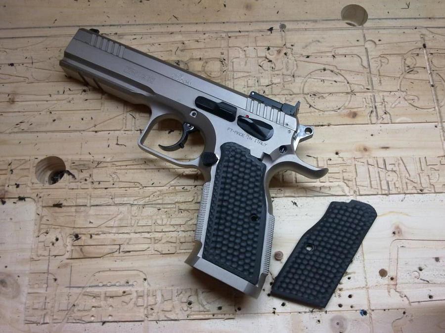 Custom Handle Grip for my Tanfoglio Stock III by N74 on