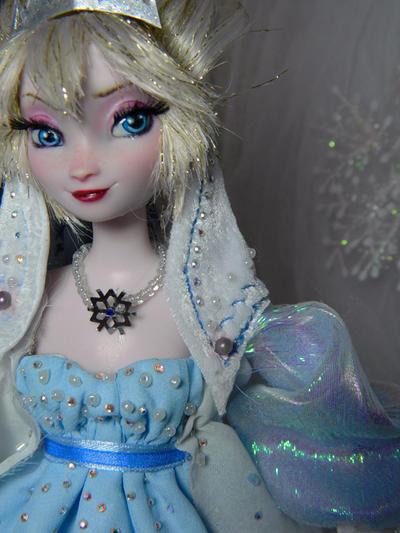 Disney frozen OOAK Villain evil Elsa doll by DanielMinaev