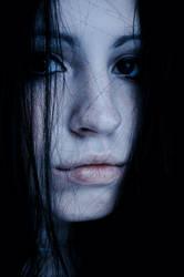 i feel winter in me by HADETEATH