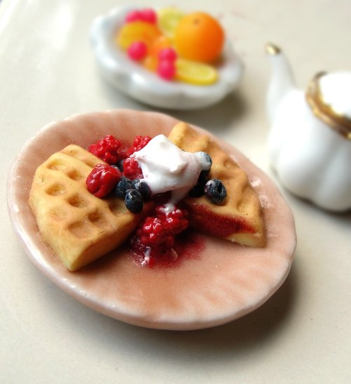 Waffles and Berries by *fairchildart