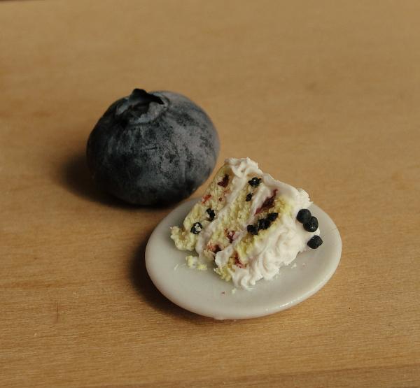1:12 Scale Blueberry Lemon Cake by fairchildart