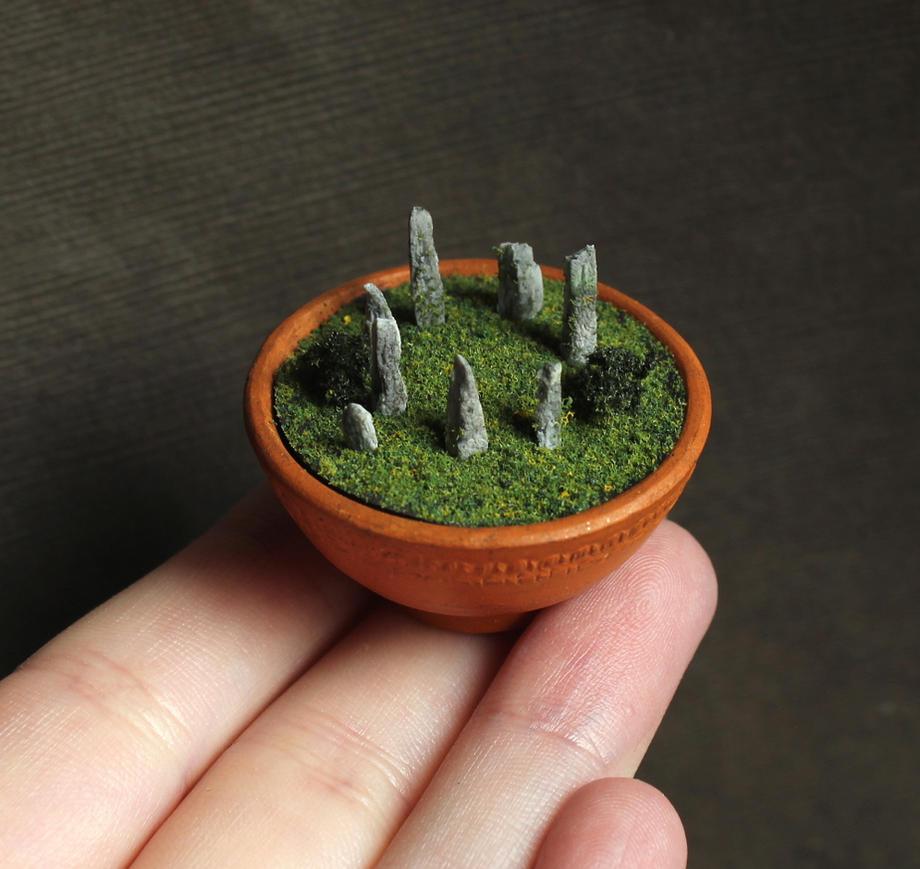 Miniature Craigh na Dun by fairchildart