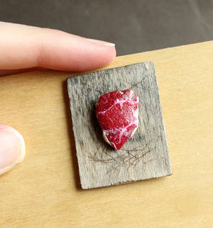 1:12 Scale Raw Meat