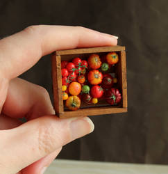 1:12 Scale Tomatoes by fairchildart