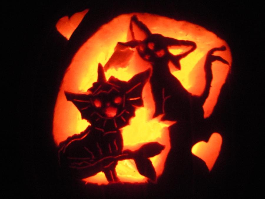 Espeon and Vaporeon Pumpkin by EeveeQueenJigglypuff
