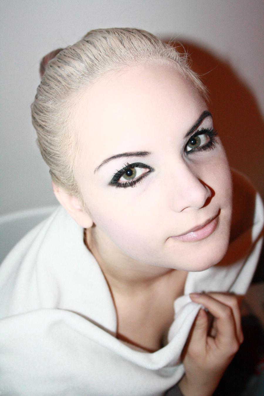 Momilein's Profile Picture