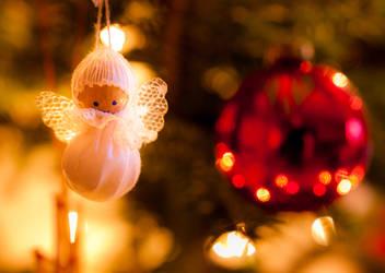 Christmas Angel - make a wish! by EyeOfTheKat