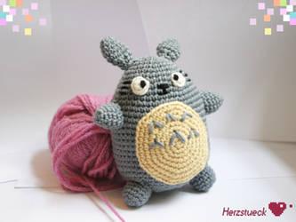 Totoro by Herzstueck-Handmade