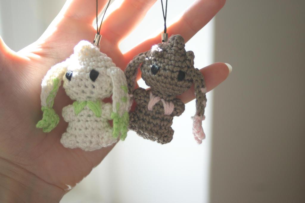 Lopmon and Terriermon amigurumi charms by Herzstueck-Handmade